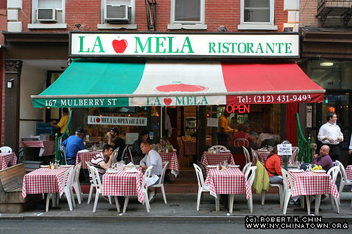 new york city chinatown storefronts mulberry street. Black Bedroom Furniture Sets. Home Design Ideas